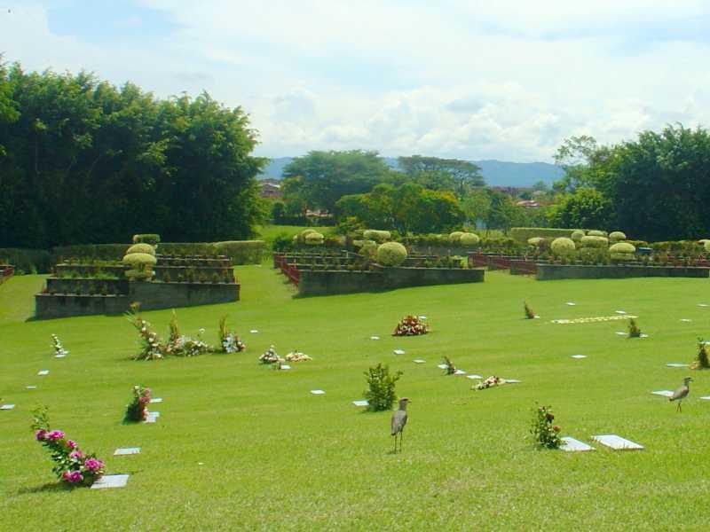 Lote preferencial parque cementerrio La Ofrenda