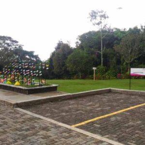 Parqueaderos Parque Cementerio La Ofrenda Quindio